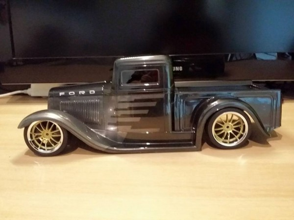 1:10 Body 34er Ford Truck (clear +Decals)